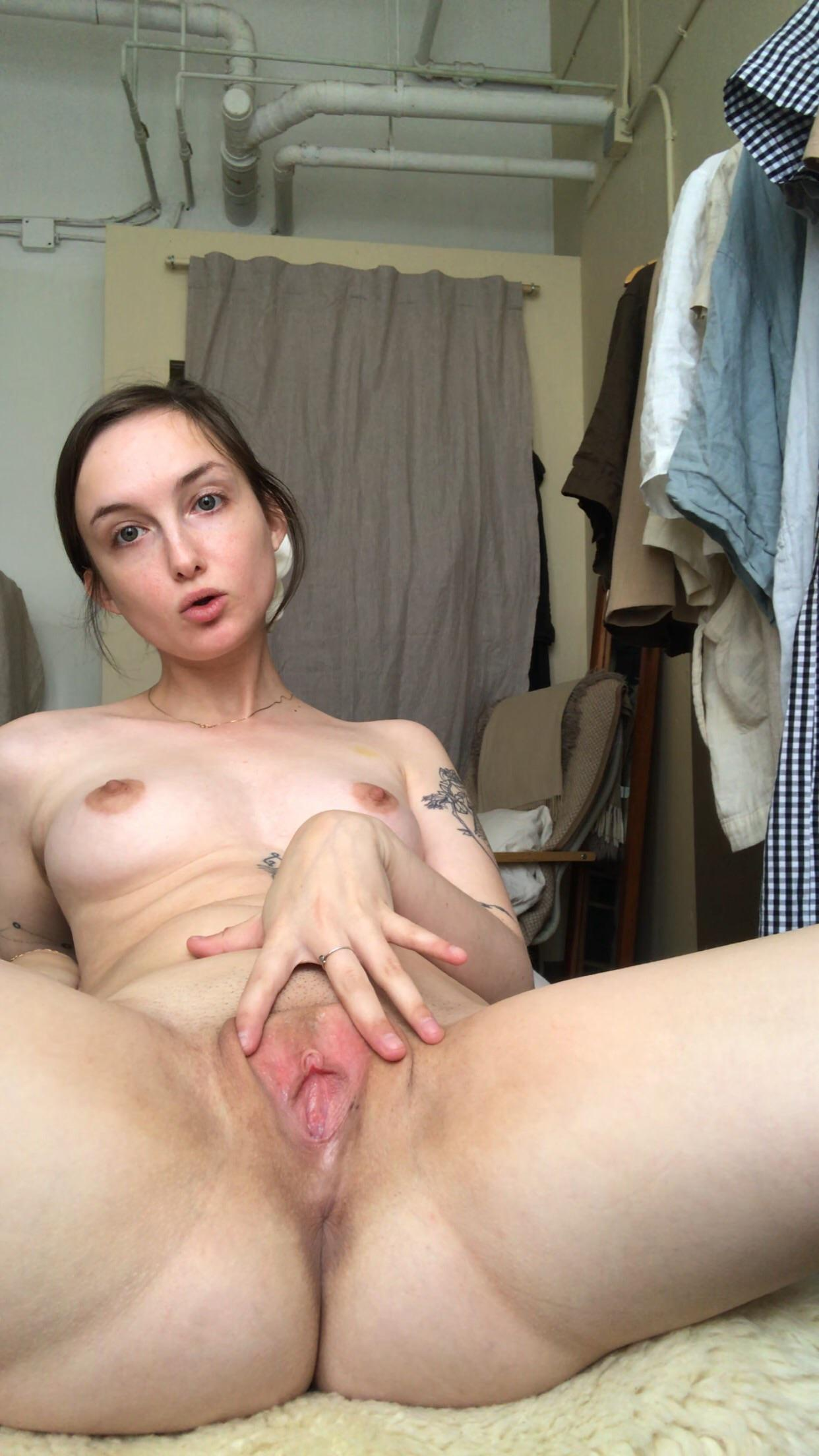 this community is the loveliest. To express my gratitude, I present: spread pussy [f]